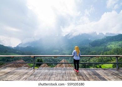 Chaingmai,Thailand-21 September 2016 : Women traveller come to Chaing-doa mountain at Chaingmai for get a relax time. Here they have mountain around of you selft and have a nice view