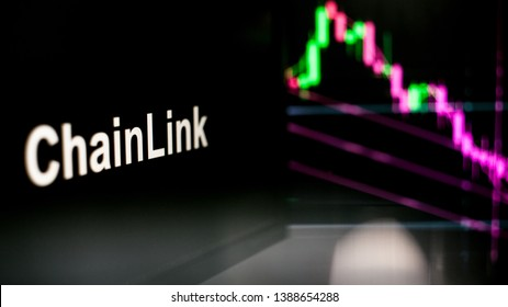 ChainLink Cryptocurrency token. crisis and the collapse of prices, the red graph down. The behavior of the cryptocurrency exchanges, concept. Modern financial technologies.