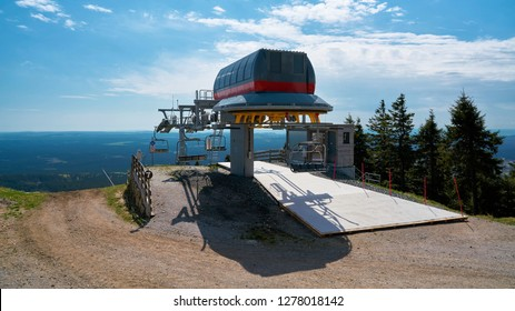 Chairlift to the summit of the Wurmberg Mountain in Braunlage in the Harz National Park
