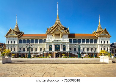 Chakkri Maha Prasat Throne Hall, Grand palace of Bangkok, Ancient palace of Thailand, Thai traditional architecture