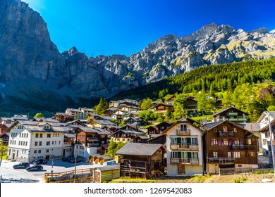 Chalet and hotels in swiss village in Alps, Leukerbad, Leuk, Visp, Wallis, Valais Switzerland