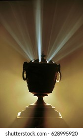 Chalice radiating beam