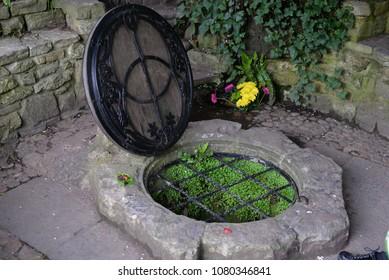 Chalice Well, Red Spring, Glastonbury Tor, Somerset, England, UK