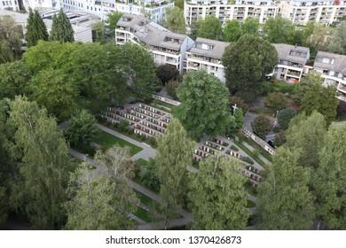 Imágenes, fotos de stock y vectores sobre Canton Zug ...