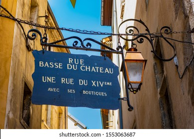 CHAMBERY; Auvergne-Rhône-Alps; SAVOY; FRANCE - July 7, 2019: View of a sign in an alley in the historic center, in summer.