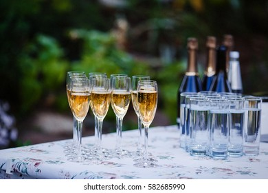 champagne at the Banquet