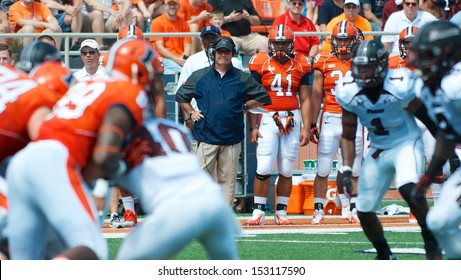 CHAMPAIGN,IL-AUGUST 31: Illinois head coach Tim Beckman watches on during the game against SIU on Saturday, Aug 31, 2013.
