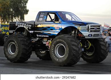 """CHANDLER, AZ - APRIL 25: The monster truck """"Bigfoot"""" at the Firebird International Raceway on April 25, 2009 in Chandler, AZ."""