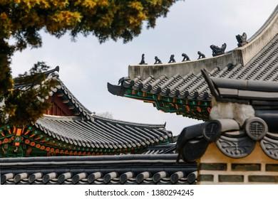 Changdeokgung eaves scene