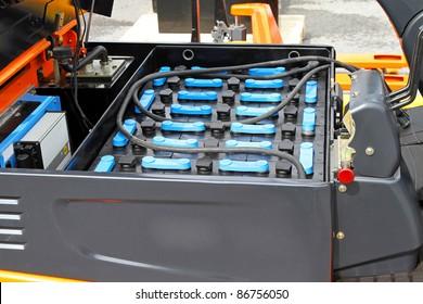 Changeable battery module for commercial forklift transportation