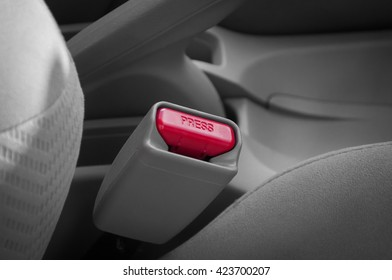 channel press fasten seat belts in the car for your safety