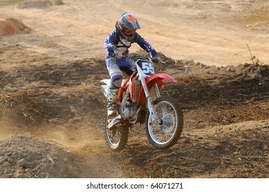 CHANTABURI, THAILAND - FEB 7: Thailand motocross championship 2010 first round on February 7, 2010 in Chantaburi, Thailand, Unknown rider