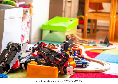 Chaos in the colorful children's room - Toy cars