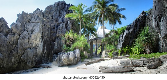 chapel in the tropical landscape, El Nido