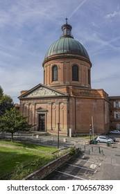 Chapelle Saint-Joseph de la Grav. La Grave chapel was built around the XVIII Century on a gravel bank left by the River Garonne. Toulouse. France.