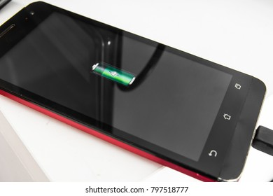 Charge the phone (Smartphone)