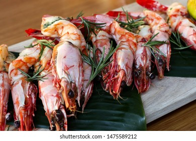 Chargrilled king prawns with smoked garlic butter