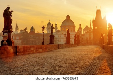 Charles Bridge scenic view at sunrise, Prague, Czech Republic, Europe