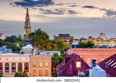 Charleston, South Carolina, USA town skyline.