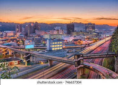 Charleston, West Virginia, USA skyline at twilight.