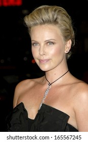 Charlize Theron at NORTH COUNTRY Premiere, Grauman's Chinese Theatre, Los Angeles, CA, October 10, 2005