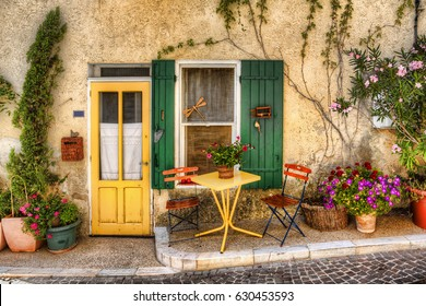 Charming Facade in Beaumes-de-Venise, Provence, France