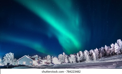 Chasing Northern Lights - Lapland Vasattoka