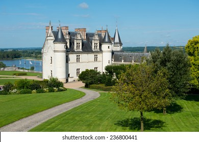 Chateau de Amboise medieval castle, . Loire Valley, France, Europe