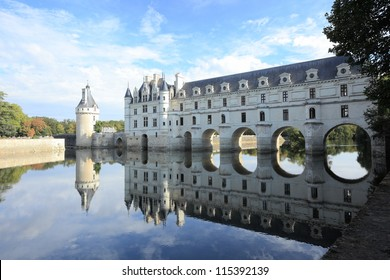 Chateau de Chenonceau and reflection on the river