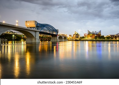 Chattanooga, Tennessee, USA city skyline at dusk.