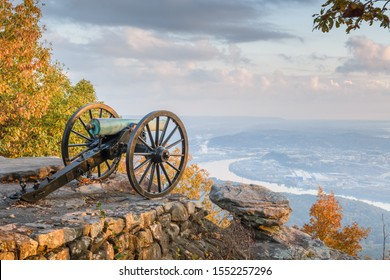 Chattanooga, Tennessee, USA view from Lookout Mountain at twilight.