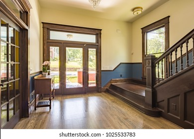 Chattanooga, TN / USA - 06/16/17: Interior Living Space View
