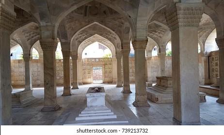 chausath khamba(64 pillars) A graveyard, built-in 1623-24,New delhi India