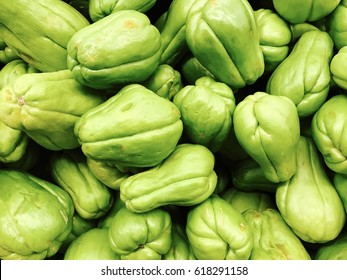 Chayote sin the market