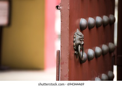 Che Kung Temple's door