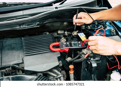 Checking power of battery by clamp meter, maintenance car by yoursalf, Monthly check.