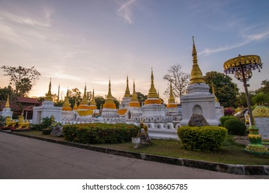 Chedi Sao Lang Temple pagoda This is a sacred place where the importance of Lampang province Thailand, but the valuable ancient history and ancient objects