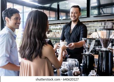 Barista dating kunder