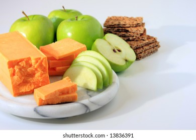 Cheese, apple and cracker snack