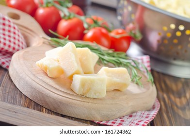cheese and boiled pasta