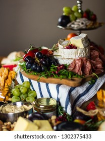 Cheese Charcuterie Fruit & Vegetable Grazing Board