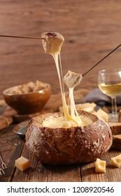 cheese fondue, bread bowl