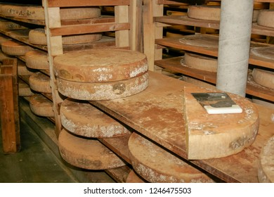 Cheese storage, Reblochon is a traditional hand made cheese of France