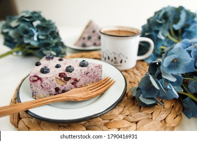 cheesecake with berries without baking