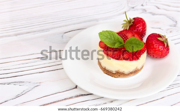 Cheesecake with strawberries, bio homemade strawberries from garden, delicious and simple cake