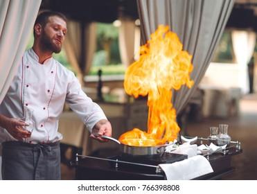 Imagenes Fotos De Stock Y Vectores Sobre Cocina Quemandose