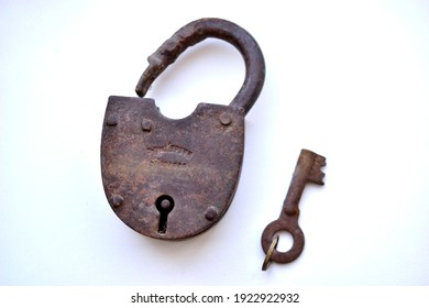 """""""Chelyabinsk, Ural  Russia - 02.23.2021: Old rusty padlock made in old Russia, it is rusty and dirty"""""""