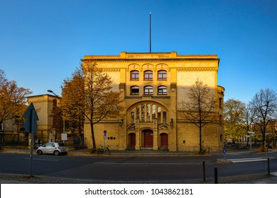 Chemical Institute of former Friedrich-Wilhelm University in Berlin-Mitte. Here in 1938 Otto Hahn and Lise Meitner performed the first successfull nuclear fission