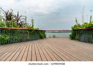 Chengdu Xinglong Lake Lakeside Observation Deck