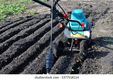 Hand Plow Images, Stock Photos & Vectors | Shutterstock